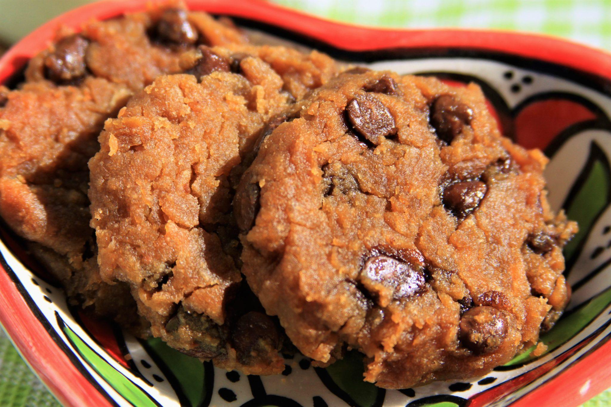 Cookies de chocolate vegano sabor paçoca