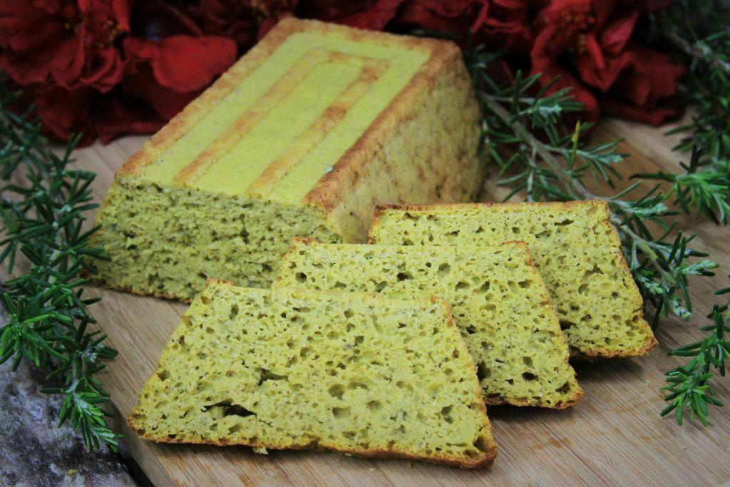 pão de batata doce de liquidificador sem glúten e sem lactose super saboroso com um toque alecrim - amor pela comida