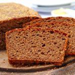 Pão Australiano Fit feito no liquidificador com feijão cozido na massa
