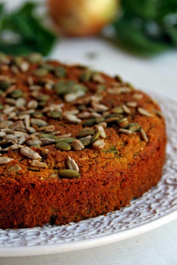 Torta salgada low carb fácil feita inteiramente no liquidificador com várias opções de recheio!