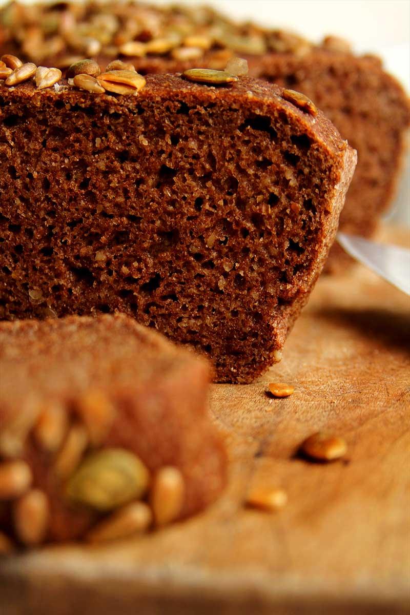 Pão com farinha de teff vegano fácil de preparar e muito rápido!