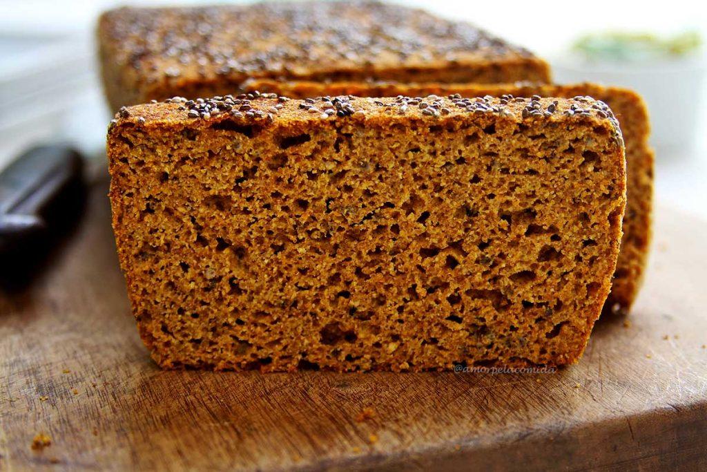Pão de abóbora fit low carb de liquidificador sem glúten e sem lactose