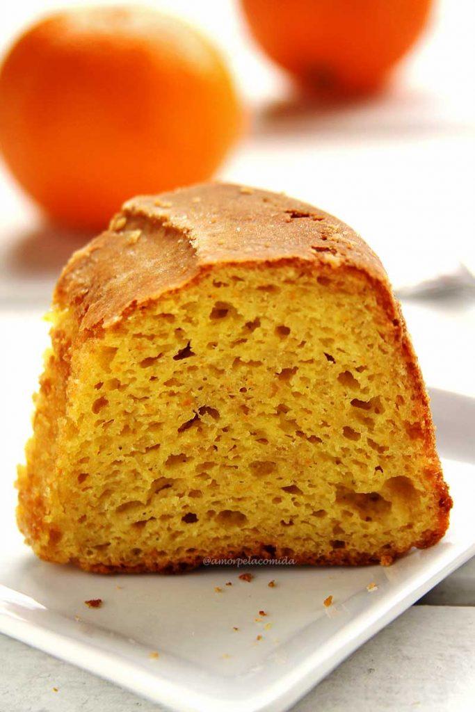 Receita de bolo de laranja com a casca de liquidificador fofinho sem glúten e sem lactose