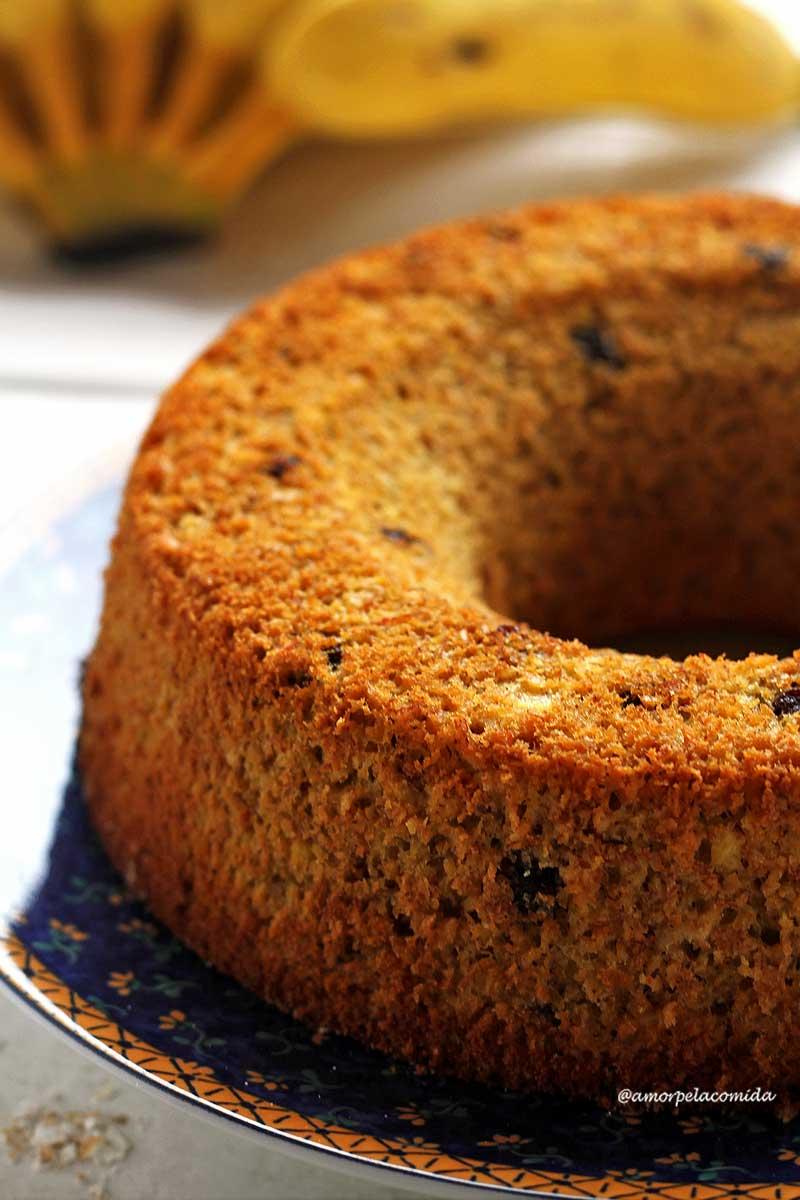 Receita de bolo de banana fit integral com aveia muito fofinho e você precisa apenas de 1 garfo pra fazer!